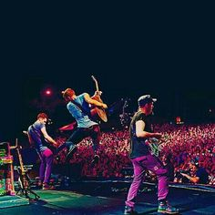 It all comes alive in one single coldplay moment❤