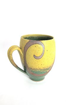 Liz Kinder wax curls Love the way the handle works with the design Mug Thrown Pottery, Pottery Mugs, Ceramic Pottery, Pottery Art, Pottery Ideas, Ceramic Cups, Ceramic Art, Clay Cup, Pottery Studio