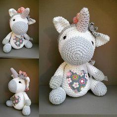 Aurora the little unicorn. ...pattern @littleaquagirl #crochetwithlove #häkelpuppe #unicorn #einhorn #beschützen #häkelnisttoll #crochet #crochetlove #yarnlover #crochetersofinstagram #häkeln #marleensmadeforyou #presents #birthdaypresent
