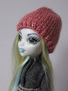 Knitted pink shiny hat for lati yellow pukifee monster high and similar size 5'-6' head dolls