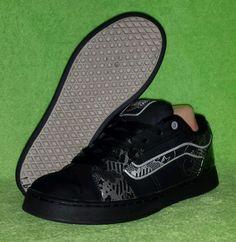 VANS Women's Darla Skate Shoe Leather Nubuck Black/Silver VHJV3V5 Size 10 EUC #VANS #SkaterShoes