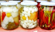 Pickle Onions Recipe, Pickled Eggplant, Pickled Cauliflower, How To Make Pickles, Fermented Cabbage, Homemade Pickles, Pickled Onions, Onion Recipes, Preserving Food