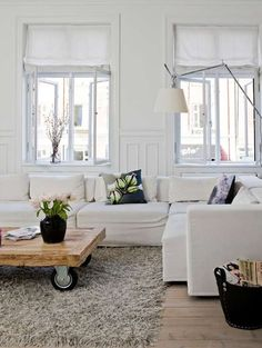 best living space I've ever seen :-) clean, modern and with smart idea