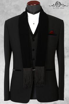 Buy Black Italian Classic Suits Online Homecoming Suits, Vertical Striped Shirt, Tomboy Fashion, Men's Fashion, Designer Suits For Men, Dance Shirts, Classic Suit, Tuxedo Suit, Stylish Mens Outfits
