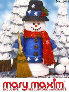 Use this pattern to make a snowman out of flower pots.