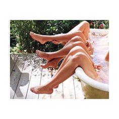 Instagram, Outdoor Decor, Home Decor, Friends, Summer, Inspiring Pictures, Legs, Creativity, Amigos