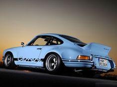 Porsche 911 Carrera - RSR Gulf Blue