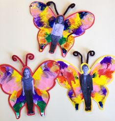 A butterfly project for preschool and elementary kids! Could use paint or feath.- Moi- A butterfly project for preschool and elementary kids! Could use paint or feath… A butterfly project for preschool and elementary kids! Could use paint or feathers. Butterfly Project, Butterfly Crafts, Butterfly Art, Butterfly Painting, Butterfly Children, Butterflies, Art For Kids, Crafts For Kids, Arts And Crafts
