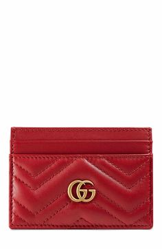 Main Image - Gucci GG Marmont Matelassé Leather Card Case