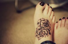 Top 10 Best Sexy Women Foot and Ankle Tattoo Designs