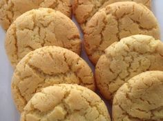 Recipe Grandma's Honey Biscuits by maccasmith, learn to make this recipe easily in your kitchen machine and discover other Thermomix recipes in Baking - sweet. Honey Recipes, Sweet Recipes, Cake Recipes, Thermomix Desserts, No Bake Desserts, Honey Salmon, Honey Garlic Chicken, Sweets Cake, Lunch Snacks