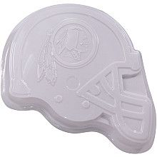 Make your own #Redskins cake with this custom cake pan! #HTTR