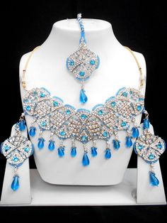 Fashion Jewelry Manufacturer, wholesaler and Exporter Fashion Jewelry Stores, Fashion Jewellery, Emerald Jewelry, Lotus Jewelry, Wholesale Jewelry, Wholesale Fashion, Jewelry Roll, Bollywood Jewelry, Imitation Jewelry