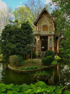 Alexandre Dumas' hideaway on the grounds of Monte Cristo Castle in Marly le Roi, France. Monte Cristo Castle in Marly le Roi, France. Forest Cottage, Cozy Cottage, Garden Cottage, Storybook Cottage, Forest House, Cottage Art, Cottage House, Cottage Ideas, Cottage Image