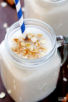 (Skinny!) Oatmeal Cookie Smoothie | gimmesomeoven.com #vegan #glutenfree