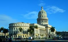 Cuba is definitely one of the most beautiful countries in Latin America. And here I share three reasons to visit Cuba in winter. White sand beaches, anyone? Puerto Rico, Visit Cuba, Island Nations, Havana Cuba, White Sand Beach, Fauna, Winter Travel, Capital City, Travel Inspiration