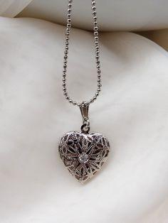 Colar Coração Relicário - Heart Locket Necklace | Beat Bijou