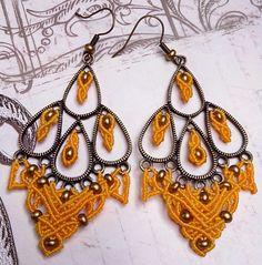 Boucles d'oreilles micro-macramé Golden Yellow et cuivré 100% fait main : Boucles d'oreille par choubidou-et-compagnie