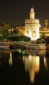 Seville - Torre del Oro & the Giadalquiver *** Rustic Blue Holiday Guide to Andalucia, Spain | Sevilla