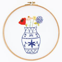 CHINESE VASE free embroidery pattern from DMC
