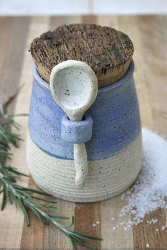 rustic salt pot/herb jar ©earthforms by Marie Wingate