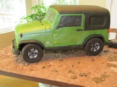 With great pictures of the details on the actual jeep to be modeled, this was a fun cake, with a lot of time spent to p. Bmx Cake, Jeep Cake, 16 Birthday Cake, 16th Birthday, Birthday Ideas, Car Cakes For Men, Food Humor, Funny Food, Cupcake Cookies