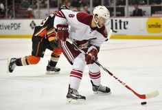 Coyotes Can Determine Fate of Pacific Rivals - http://thehockeywriters.com/coyotes-can-determine-fate-of-pacific-rivals/