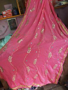Embroidery Suits Design, Hand Embroidery Designs, Diy Embroidery, Punjabi Dress, Saree Dress, Punjabi Suits, Indian Wedding Fashion, Pakistani Wedding Outfits, Sari Blouse Designs