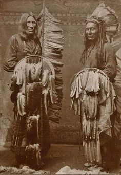 Native North American Indian - Old Photos Native American Girls, Native American Pictures, Native American Wisdom, Native American History, Native Indian, Indian Art, Cheyenne Warrior, Cheyenne Indians, North America