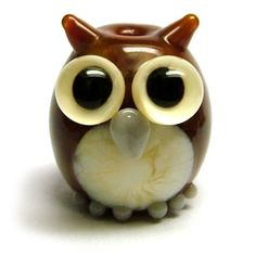 Lampwork glass owl bead by laura sparling