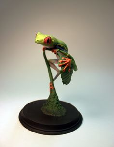 Tree Frog Resin Cast - The Koncepts unpainted $125 http://www.thekoncepts.com/product/tree-frog/