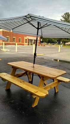 Our outdoor seating for Fridays with From Scratch Catering at Blue Heron Events  Greencasyle PA. Tables made by Backyard Dreamin