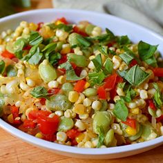 Succotash is great when paired for grilled meats, adds a down-home comfort food feeling to any meal or meal prep, and is a good last-minute dish. #cleaneating #healthyeating #summersalad