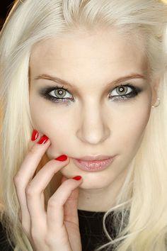 Nail trends: dime de qué color llevas tus uñas y te diré a dónde ...