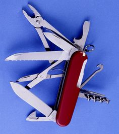 Swiss Army Knife – Good or Gold? | Survival Knife Reviews & Tips for Prepper Supplies - Survival Life Blog: survivallife.com #survivallife #survivalgear