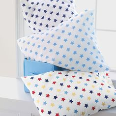 Stars Percale Bedding: Kids' Sheets   CompanyKids ( i want these sheets/pillowcases)