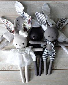 Plush Bunny pattern and instructions (English) – Monkey Stuffed Animal Bunny Plush, Bunny Toys, Sewing Stuffed Animals, Plush Pattern, Fabric Toys, Cat Doll, Crochet Bunny, Baby Bunnies, Handmade Toys