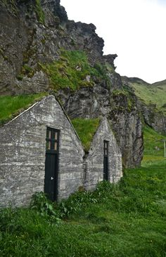 Driving along Iceland's Southern Coast  #travel #iceland