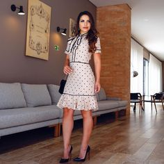 """6,365 Me gusta, 728 comentarios - P A O L A S A N T A N A (@paaolasantanaa) en Instagram: """"{ Look bem charmoso com saia de renda e camisa branca da @cristinafonseca084 } Um lindeza de look❤️…"""""""