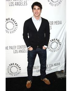 Darren Criss is casual and comfortable without being sloppy.
