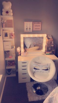 #fashion #makeuplover #vanitymirror #ikea #makeuproomvanity Vanity Room, Makeup Rooms, Ikea, Skin Care, Mirror, Tattoos, Furniture, Home Decor, Fashion