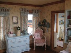 Liberty Biberty: An update on the country house  |  love the curtains