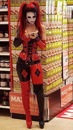 If I saw her at my grocery store I would have to get a pic with her...and maby her number