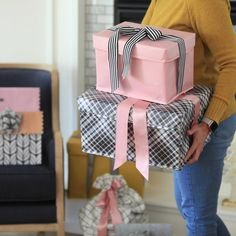 Christmas Wrapping, Christmas Gifts, Diy Holiday Gifts, Easy Gifts, Gift Boxes, Reuse, Wraps, Gift Wrapping, Gift Ideas