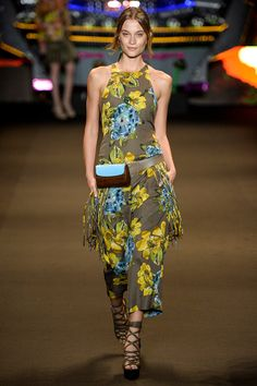Espaço Fashion - Summer 14/15 - Fashion Rio - ELLE BRASIL