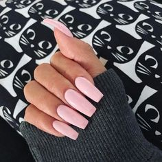 Some of my very most FAQs have to do with my nails! At any time I get my nails done I get tons and also lots of DMs regarding it. What did you do for you nails? Heart Nail Designs, Square Nail Designs, Acrylic Nail Designs, Diy Nails, Cute Nails, Pretty Nails, Nails After Acrylics, Light Pink Nails, Pink Acrylic Nails