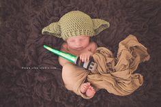 "Newborn photography by Elan Studio www.elan-studio.com www.facebook.com/elanstudio #newborns Yoda ""Star Wars"""