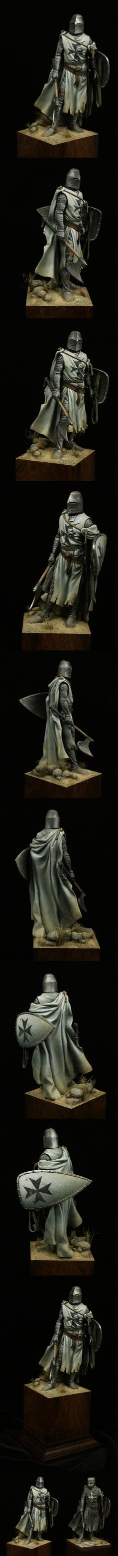 The Internet's largest gallery of painted miniatures, with a large repository of how-to articles on miniature painting Knight In Shining Armor, Knight Armor, Medieval Life, Medieval Knight, Fantasy Miniatures, Fantasy Armor, Knights Templar, Figure Model, Dark Ages