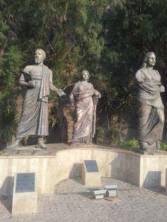 Ancient people Herodotus Artemisia Mouselus