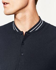 Imagen 4 de POLO CUELLO BOMBER de Zara Polo Shirt Style, Polo Shirt Outfits, Polo Shirt Design, Polo Collar Shirts, Polo T Shirts, Polo Design, Zara, Sport Wear, Shirt Designs